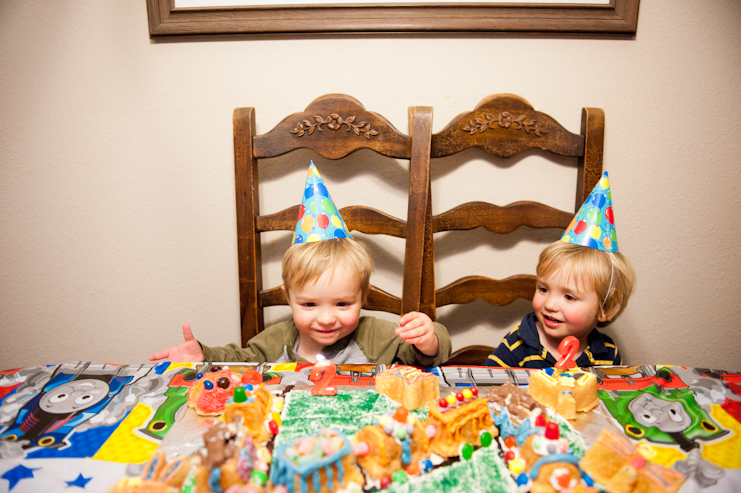 limelife photography fun birthday party photos san diego family photographers wyatt and dylan uncle jesse and aunt becky_006
