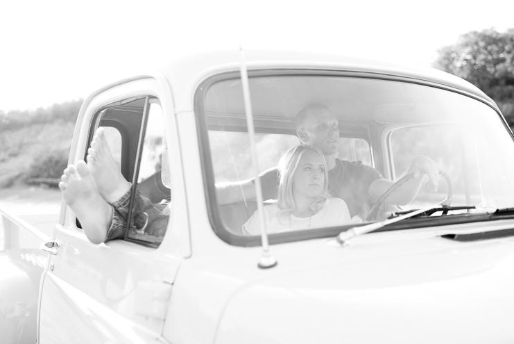 san diego wedding photographers san diego engagement photographers limelife photography rustic engagement photos barn engagement photos old car engagement photos robin and ryan modern engagement photos daley ranch fun engagement photos_006