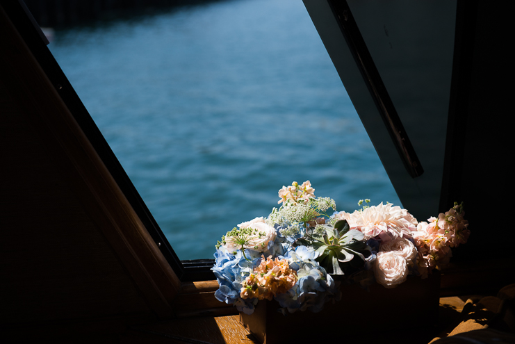san diego wedding photographers wedding on a boat california wedding photographers husband and wife wedding photographers hornblower wedding photos san diego wedding photos limelife photography_007