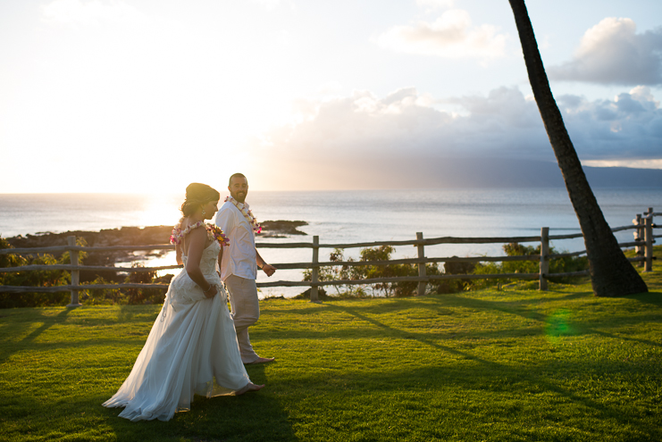 maui destination wedding photographers limelife photography destination wedding photographers maui wedding photographers travel wedding photographers hawaii wedding photographers creative maui wedding photos husband and wife wedding photographers_051