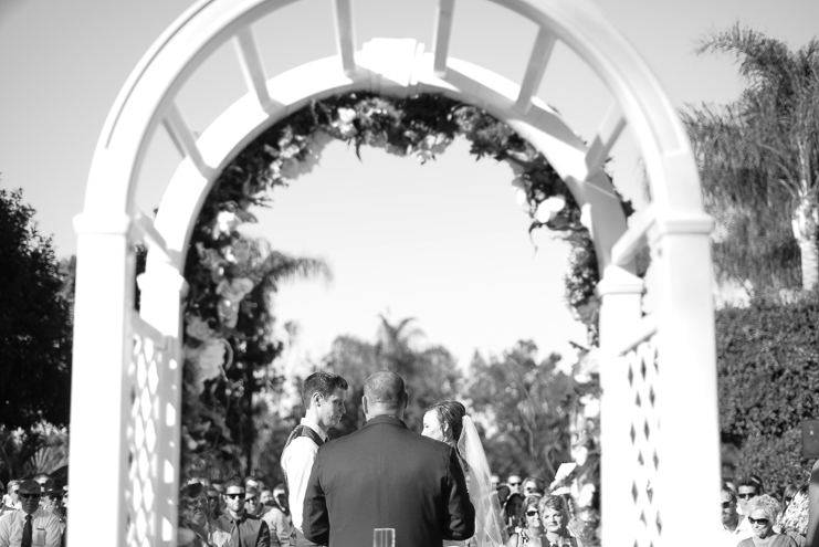 limelife-photography_san-diego-wedding-photographers_vista-optimist-club-wedding_036