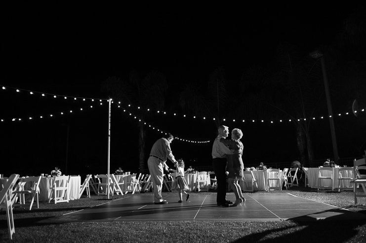 limelife-photography_san-diego-wedding-photographers_vista-optimist-club-wedding_082